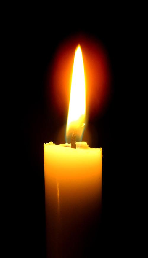 Allerzielen is een gedenkdag voor overledenen. Katholieke traditie waarbij veel kaarsjes worden opgestoken